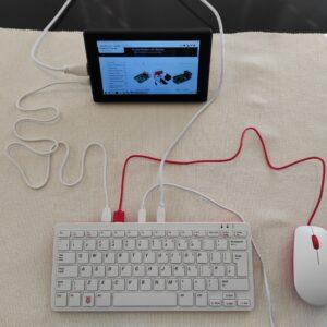 Raspberry Pi 400 komplet sa ekranom 7inča, besplatna poštarina